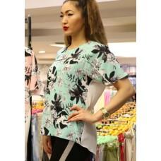 Блузка с цветочным рисунком