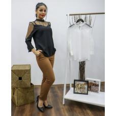 Блузка с полупрозрачными рукавами